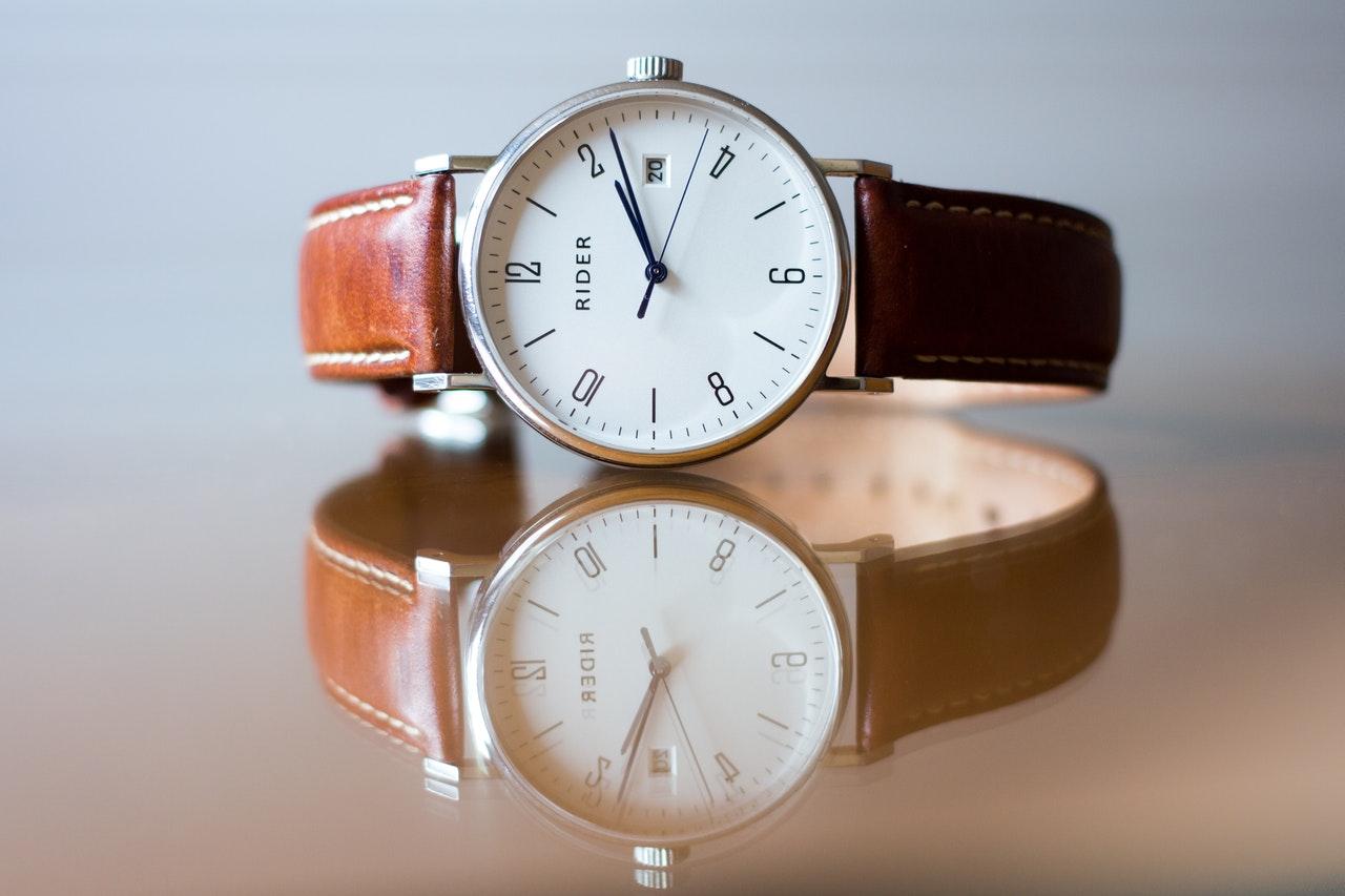 Att välja klocka för äldre