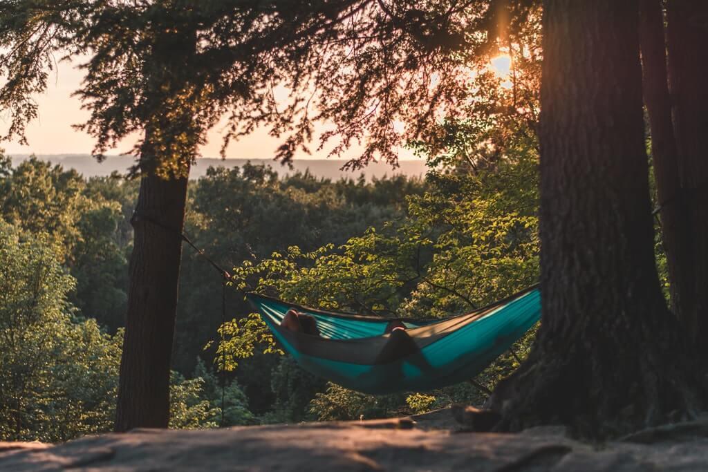 Från vaggan till hängmattan – så sover du bättre