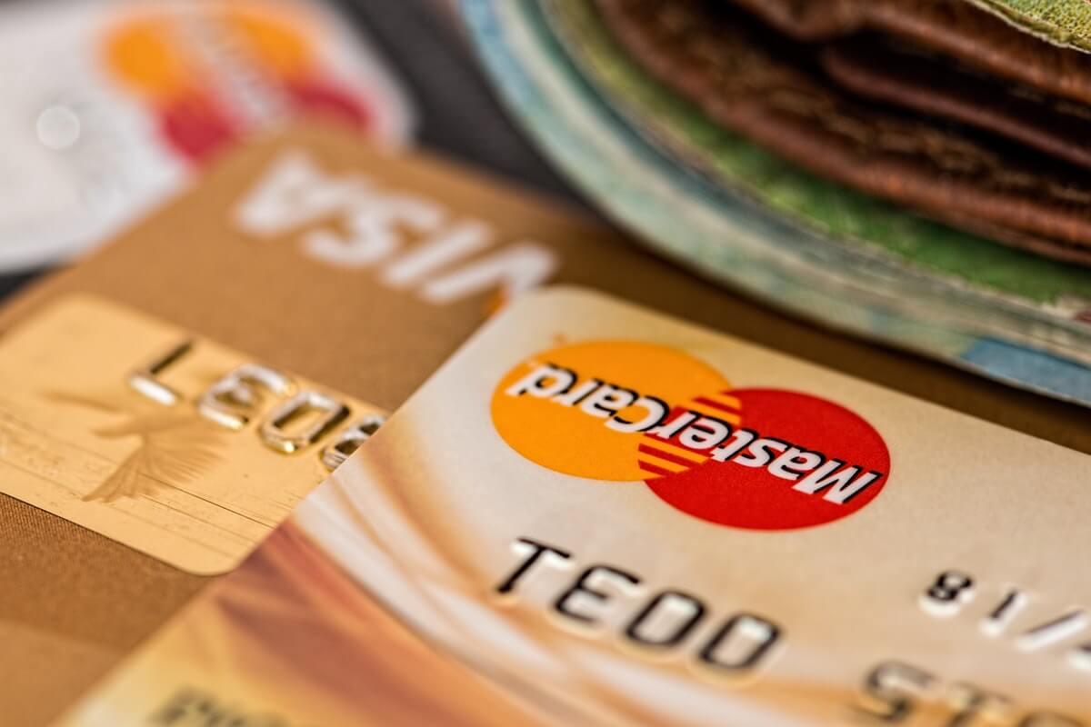 Samla dyra lån och krediter - kanske säga upp några kreditkort?